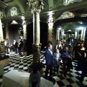Salle dans laquelle sont exposées les vedettes de Cinéma au  Musée Grevin à Paris