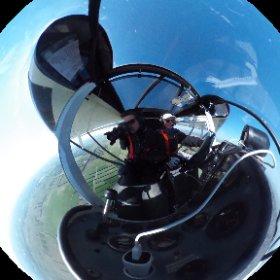 Campagne de photos aériennes pour l'Agence d'Urbanisme et de Developpement des Régions Nîmoise et Alésienne (AUDRNA). Merci au pilote, Patrick (vol-a- vue.com), pour son professionnalisme dans la CTR de Nîmes. #theta360 #theta360fr