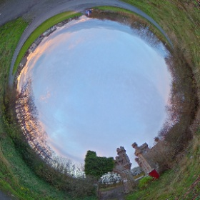 empty castle? this is in Thurso, Scotland #momiji3d  #theta360 #theta360uk
