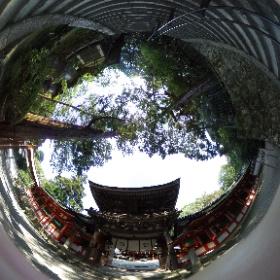 山の辺の道 石上神宮