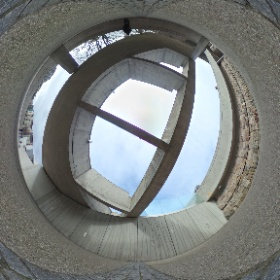 Parliament (9) on the path to Dynamic Earth #theta360