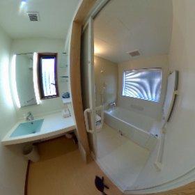 コテージ(洗面所・浴室)@飛雪の滝キャンプ場 #theta360