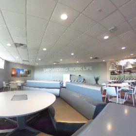 Checking out the showroom of our friends @SBIOmaha. Amazing work spaces! #Officespace #Interiors  #theta360