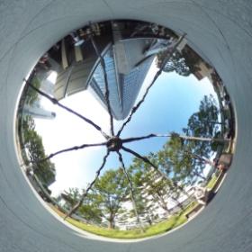 Caught beneath the spider - Roppongi 360 #theta360 #tokyo360