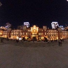夜の東京駅は一段と美しいです。標準設定で撮影し加工も無し。 #theta360