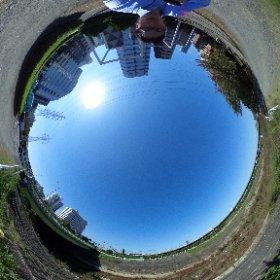 新横浜 鶴見川(THETA Sで撮影) #theta360