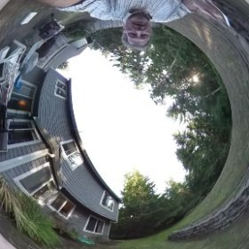 Seem I can only load 5MB or about 6 seconds of video to FB. That kind of sucks. #theta360