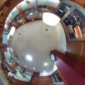 ケンタッキーR-2芦屋店にてレッドホットチキンnow(^^) #theta360