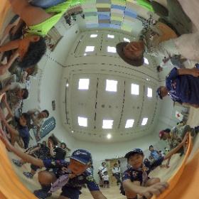 防災キャラバン イオンモール倉敷 応急タンカでガチャピンを救え!