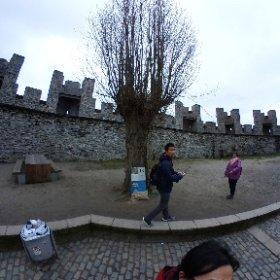[比利時/根特] 伯爵城堡門口