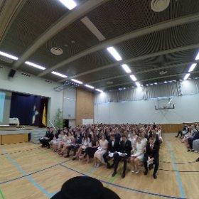 Klassikan ylioppilasjuhlan alkutunnelmissa. #klassikka #theta360