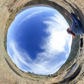 Meditation mit grandioser Aussicht im Betancuria Massif, Kanariche Inseln Canary Islands, Fuerteventura Ricoh Theta 360° 360 Grad Bilder Panorama Little Planet Fotografie  Fotograf Stuttgart #theta360 #theta360de