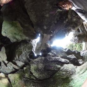 天然の石のドーム!! #theta360
