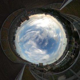世大運圓滿落幕,新莊運動中心屋頂步道重新開放的第一天,感謝眾雲們齊心登場喔!