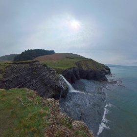 Walking the Welsh coastal path between Aberaeron and New Quay #DiscoverWales #theta360 #theta360uk