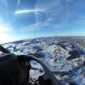 360 Grad Foto bei einem Helikopterrundflug - einfach anklicken und drehen. www.helikopterflug.ch