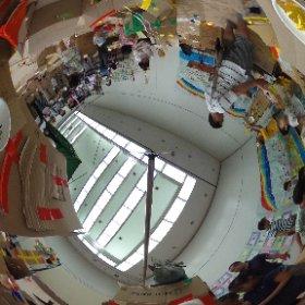 20150919セシオン杉並にてワークショップ ダンボールの家を つくって つなげて あそんで こわれたら なおしながら またあそぼう 終盤 #theta360