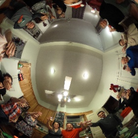 1st Annual Norfolk Christmas Extravaganza - toast to the hosts!! #theta360