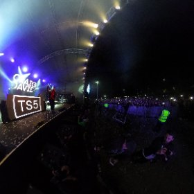 CRAIG DAVID: Christmas 'rapped' as 7 Days superstar comeback king Craig David entertains 15,000 in sold out cat park to launch late night festive shopping at Meadowhall Centre in Sheffield. #theta360 #theta360uk