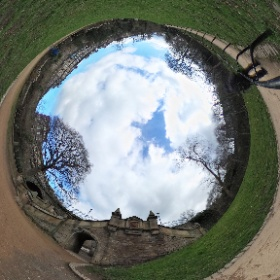 The Dene from a few metres upstream side on the Water of Leith Walkway #theta360