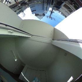 3階Room道路側の部屋から外を望む360度画像