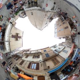 De straatjes van Bonifacio #theta360