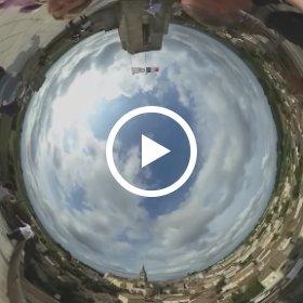 Ben even aan 't oefenen met het displayen van mijn 360 graden films en foto's... #theta360