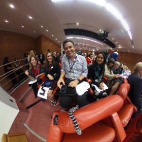 Great audience for a great day @roysocmed #medinnov  #theta360