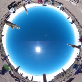 インカワシ島の頂上でパチリ #theta360