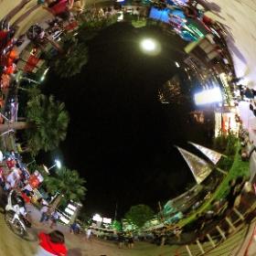 パタヤのポケモン聖地、セントラルパタヤビーチ前。 #theta360