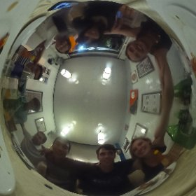 Pizza dinner in Vietnam #theta360