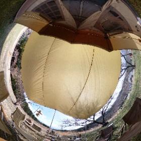 先週のレイアウトはこんな感じ 使うテント変わると使う道具も変わるから雰囲気大きく変わりますね だめ、物欲が止まらない!! #theta360