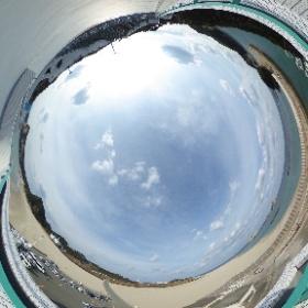 種子島宇宙センター 竹崎展望所のTHETA画像です。前方約3.5kmに射点 H-IIAロケット打ち上げの際、報道はここから撮影しています。 うしろのひな壇に各社段構えとなります。 #nvslive #h2af30 #theta360