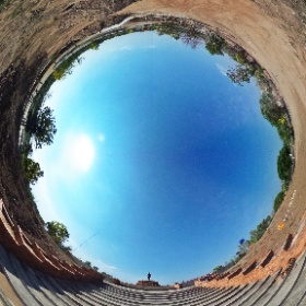 อนุสาวรีย์พระแม่เจ้าจามเทวี (Queen Chamdhevi Monument) ตำบลลำปางหลวง อำเภอเกาะคา จังหวัดลำปาง 52130 @ http://www.Wat.today/ @ http://www.วัด.ไทย/