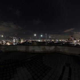 大阪天満橋OMMビル屋上スカイ・ガーデン f/2.1 ISO80 1.3sec #thetaz1 #SingleDNG #夜景 #theta360
