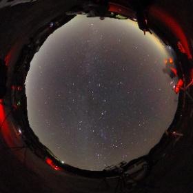 西伊豆高原での星空 2016/11/5大山天文同好会合宿にて 天の川がはっきり見えます。線状に写っているのは飛行機です。 思い思いに観望や撮影を楽しみました。 #theta360