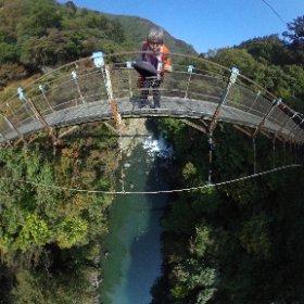 吊り橋の上から #theta360