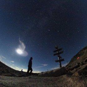 木曽駒ヶ岳のキャンプ場の星空。月が明るかったので、天の川はイマイチでした。