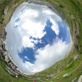 Dentro al giardino botanico Peyronel Col Barant e giardino botanico Peyronel - Valle Pellice - Piemonte