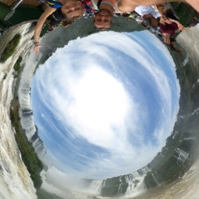 The stunning Iguazu Falls from the Brazilian side. #theta360