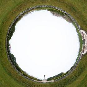 Zivy Crater Cemetery, Thelus, 04.2019 www.frontaaltours.com