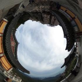 Храм Пориам на горе Кымсан (금산 보리암), Намхэдо, Ю.Корея.
