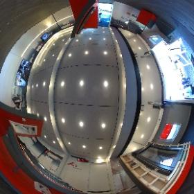 #KeineHalbenSachen-Tour von Roto: Ausstellungsraum im Tourtruck