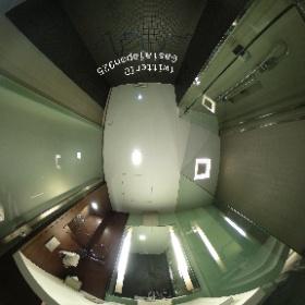 ガレリア 10 スクンビット バイ コンパス ホスピタリティ (Galleria 10 Sukhumvit by Compass Hospitality) の浴室 ホテル詳細→https://goo.gl/lrdCES  ソイカウボーイ、ナナプラザ、テーメーカフェにアクセスが容易なオシャレな4つ星ホテル  #thailand #bangkok #sukhumvit #hotel #タイ #バンコク #スクンビット #ホテル #theta360