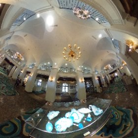 The lobby of the Vinoy Renaissance in downtown #StPete. Beautiful 😊 #theta360