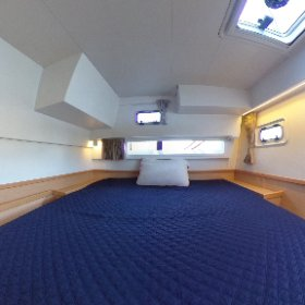 2017 Lagoon 42 - TANGLED SHEETS for sale with Just Catamarans. Guest cabin 1
